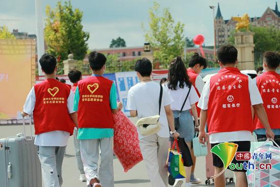 扬帆梦想 青春起航 黔南科技学院全方位做好迎新工作 确保新生顺利入校